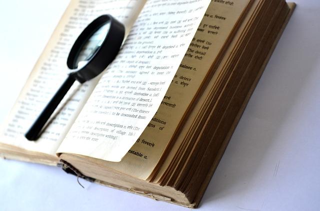 uważne czytanie